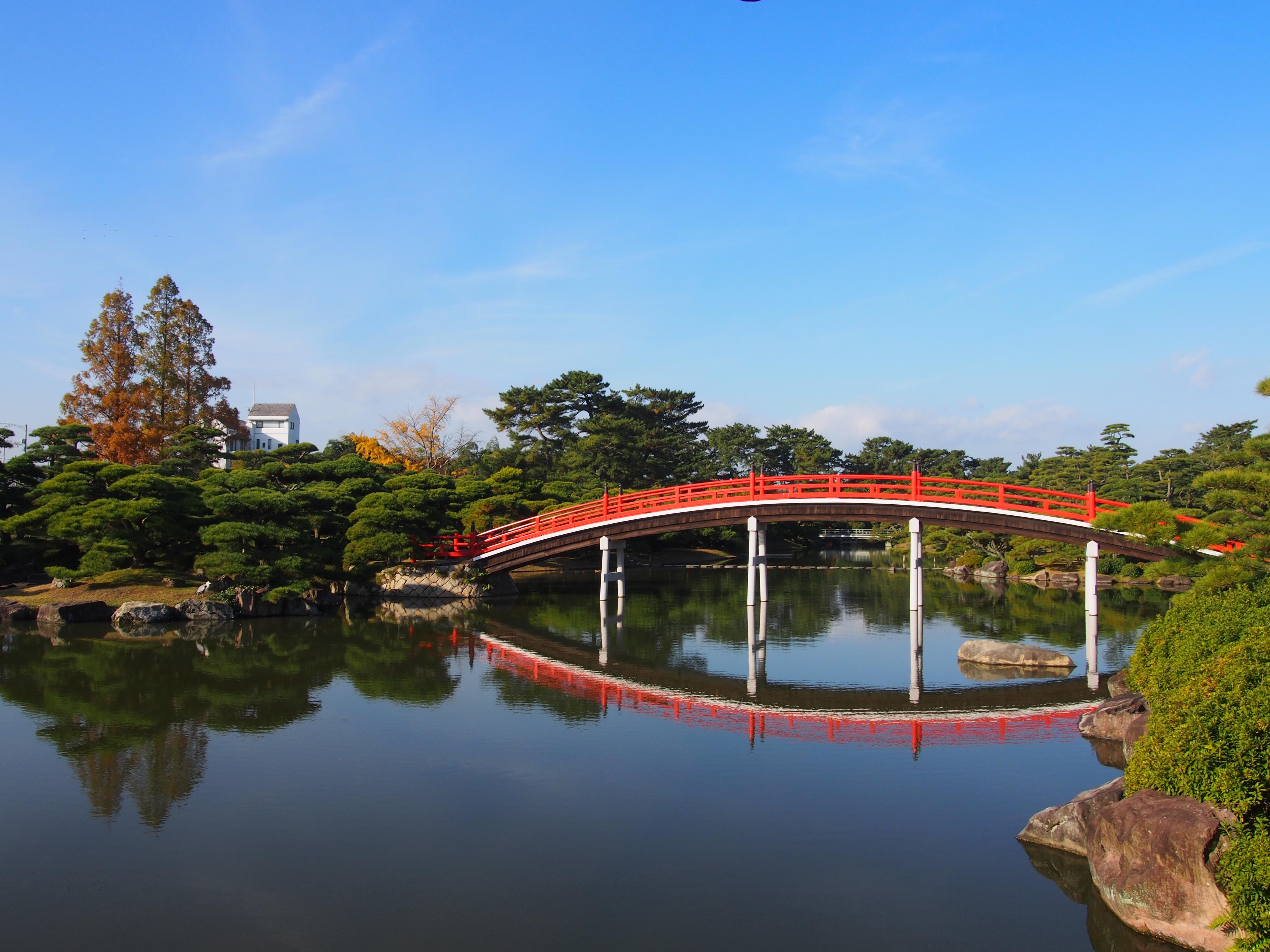 中津万象園 邀月橋